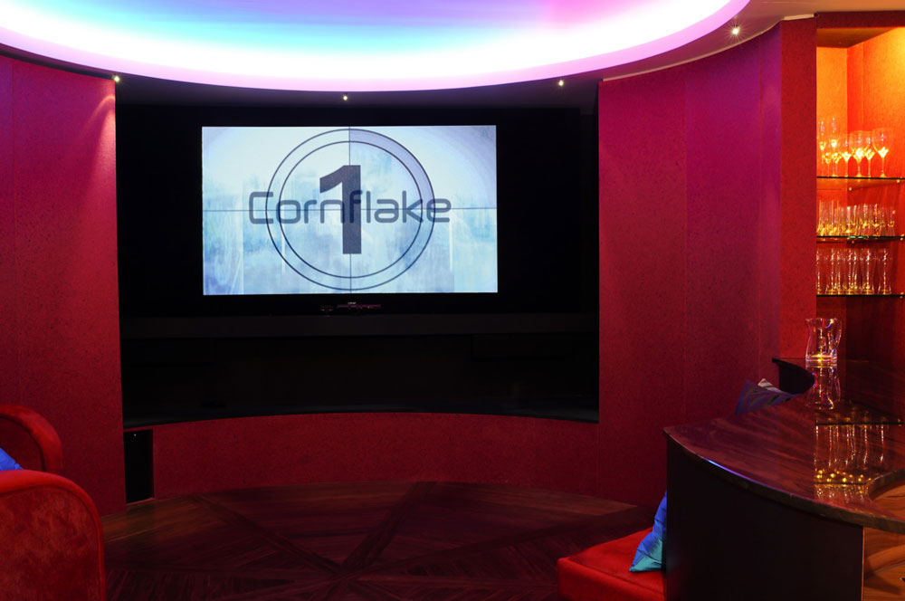 Cornflake Smart App-artment Games Room
