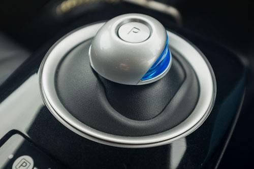 Nissan Leaf - 'Gear Lever'