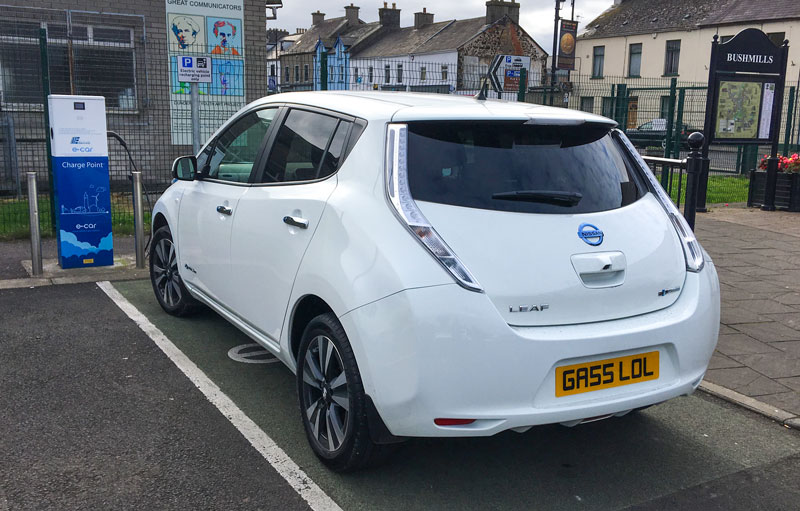Nissan Leaf Tekna on a Type 2 Public Charger